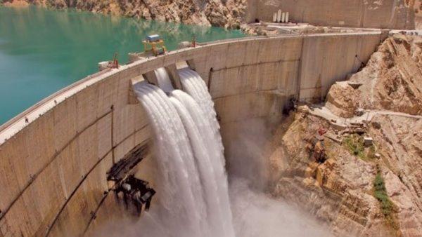 تامین ۴۰۰ مگاوات برق کشور در نیروگاه بزرگترین سد خاکی خاورمیانه